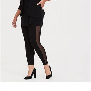 NWT Torrid size 3 Tall Black Rouched Mesh Leggings